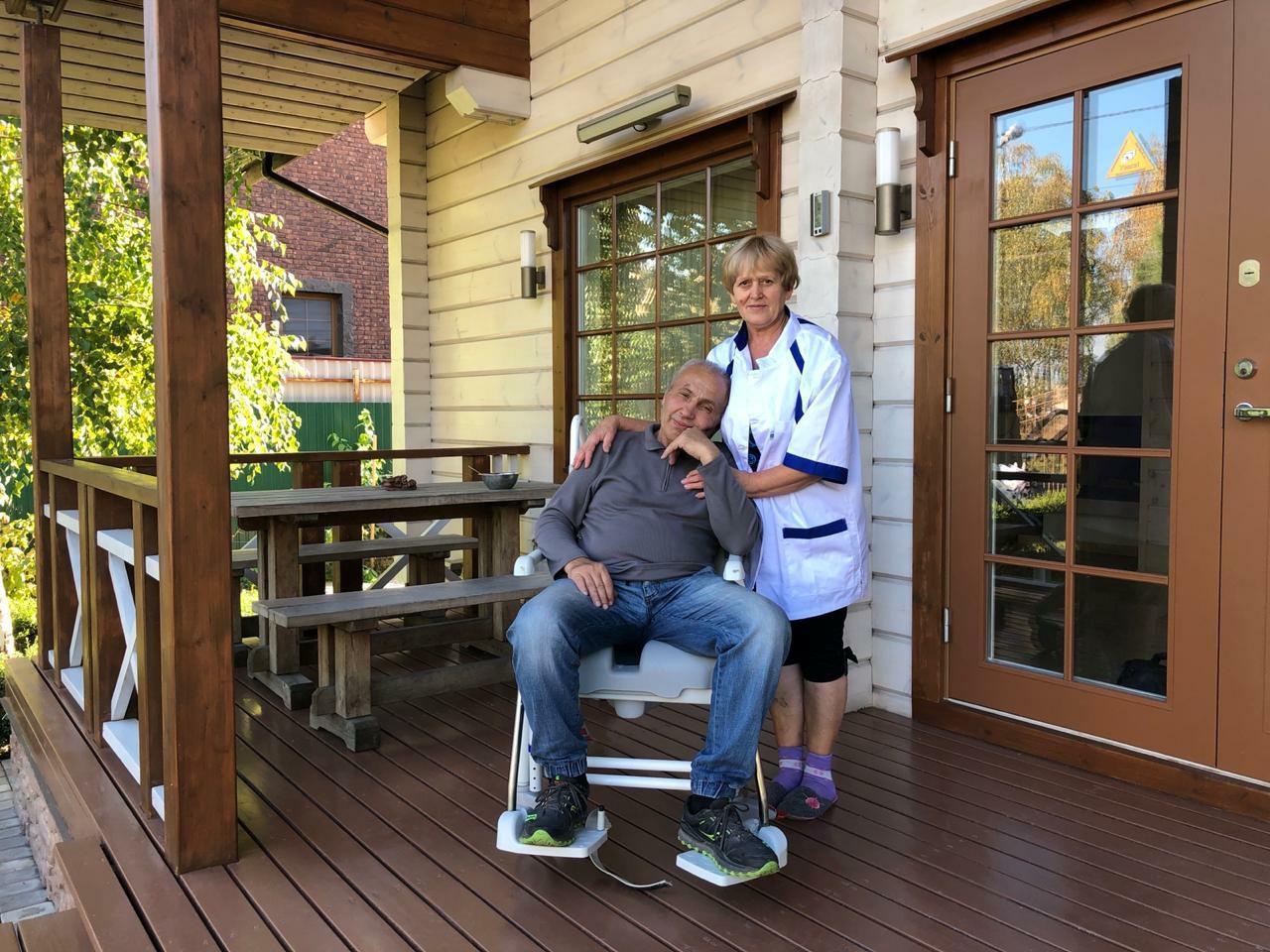 Дома престарелых: забота или выкачка денег с родственников?